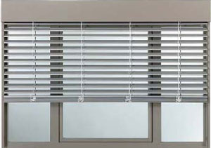 tende-frangisole-alluminio-esterni-U1305686148651U